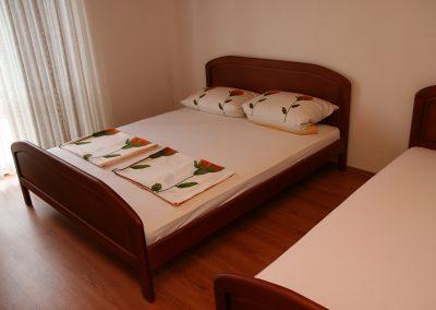 Appartement-Lavanda-2.OG-Schlafzimmer1-04