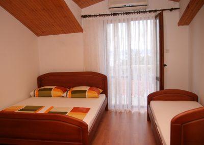 Appartement-Lavanda-2.OG-Schlafzimmer2-07