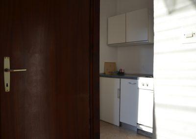 Appartement-Limun-Hochparterre-Flur-Küche-03