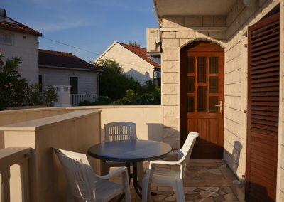 Appartement-Limun-Hochparterre-Terrasse-01