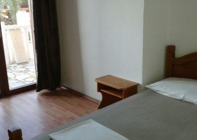 Appartement-Ruzmarin-Hochparterre-Schlafzimmer-1-04